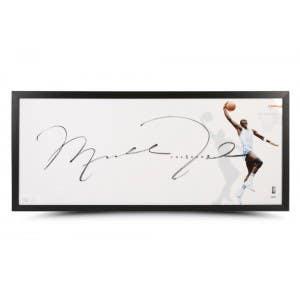 """Michael Jordan Autographed """"The Show"""" UNC Photo"""