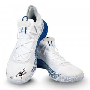Stephen Curry Autographed Under Armour Curry 6 Shoes
