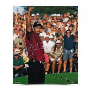 """Tiger Woods Autographed """"2001 Masters"""" 20 x 24"""