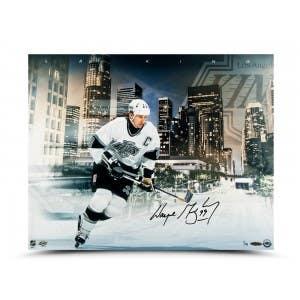 Wayne Gretzky Autographed LA King 16 x 20 Print